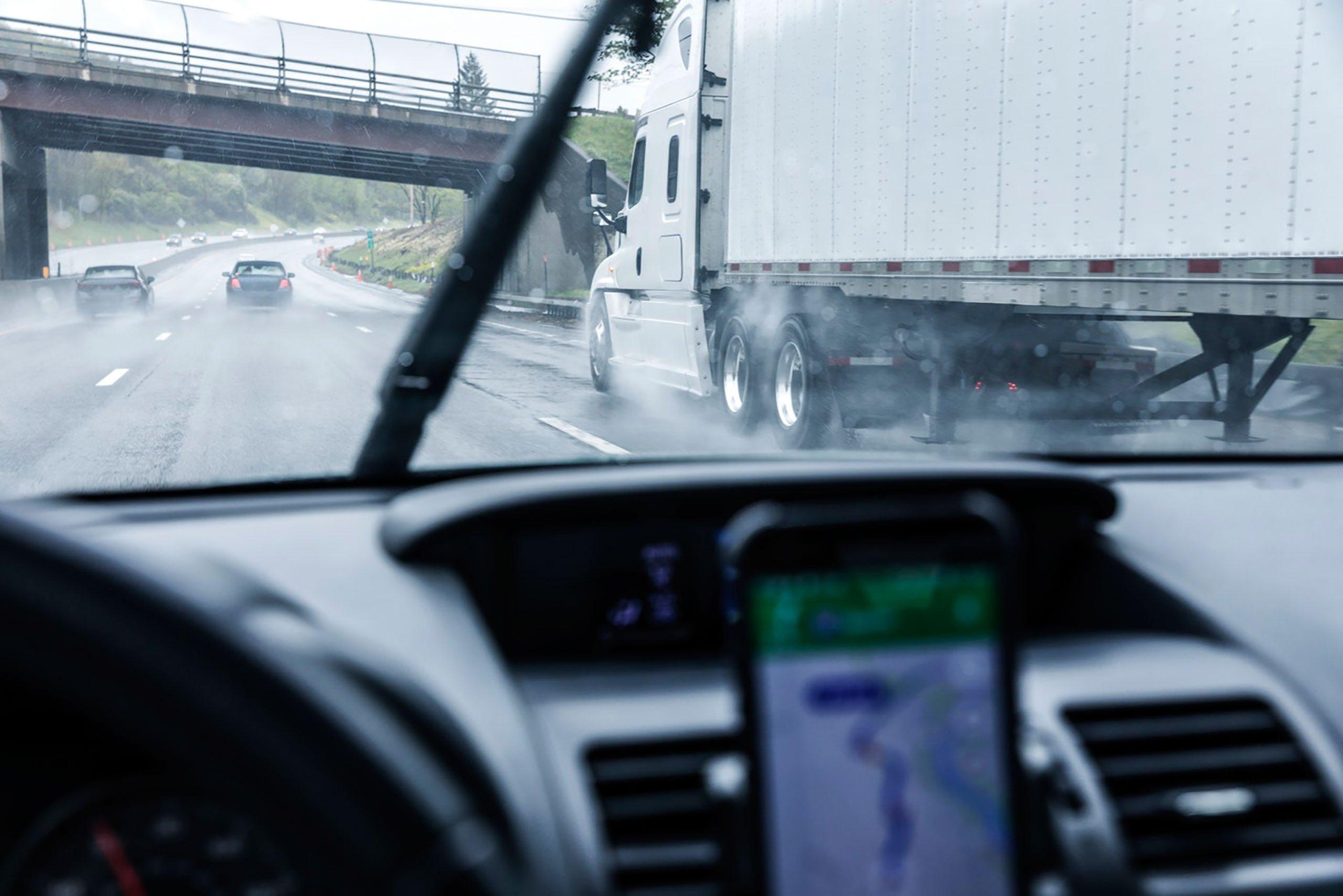 Controle de Jornada de Motoristas com App Mobile