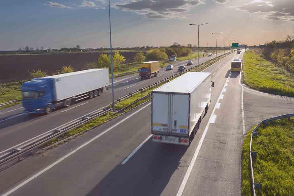 Os principais tipos de caminhões utilizados no transporte de cargas
